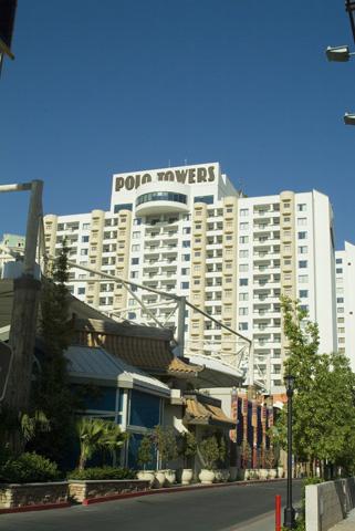 Polo towers las vegas booking