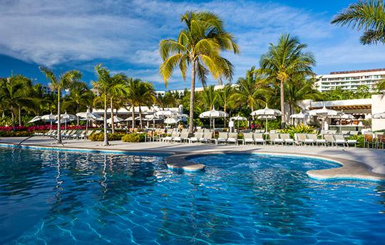 Grand Mayan Nuevo Pool