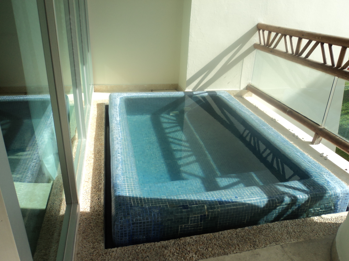 Grand Mayan Dipping Pool on Balcony